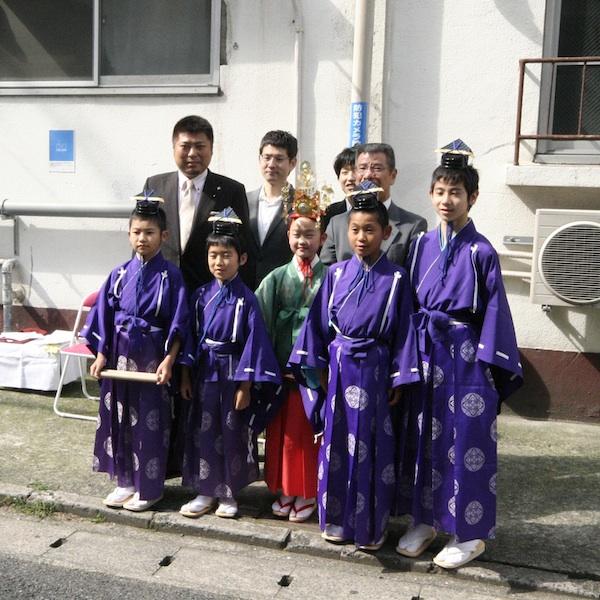 今年も博多松ばやし・稚児舞が冷泉荘にご訪問くださり、舞をご披露いただきました!